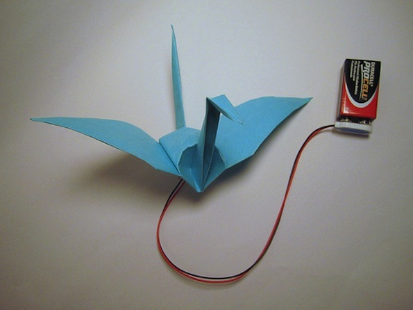 Fold Your Own Electronic Flapping Crane How To