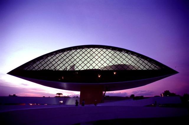 4b202b210f7608 Remember Oscar Niemeyer