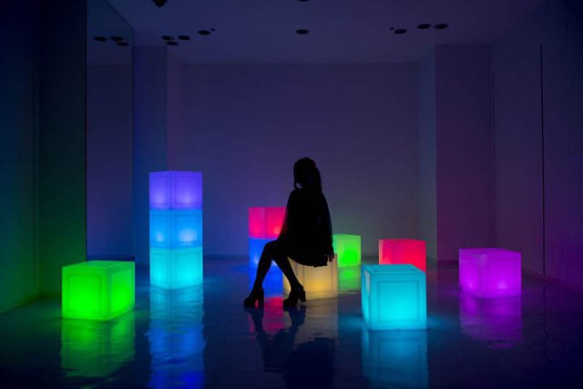 Glow Furniture glowing, multipurpose furniture cubes could really brighten up