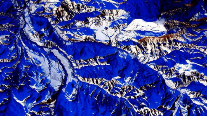 Astronaut Instagrams Stunning Photos of Earth from Space