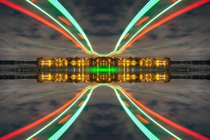 Drone-Aided Long Exposure Shots Yield Mouthwatering Light Graffiti