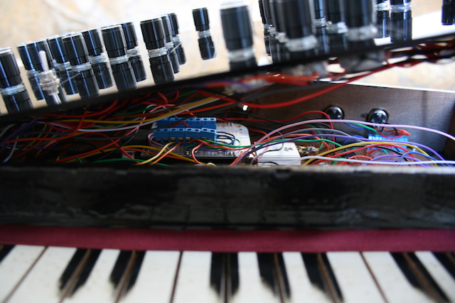 A Vintage Toy Piano Gets Transformed into a Synthesizer - VICE