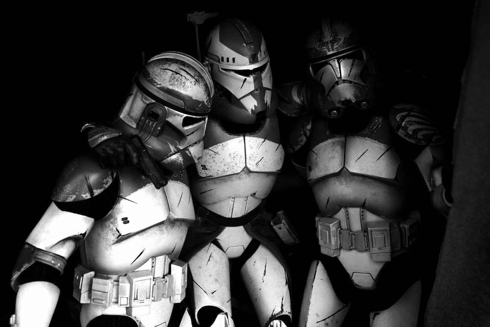 U0027Star Warsu0027 Clone Troopers Recreate Powerful Images Of War   Creators