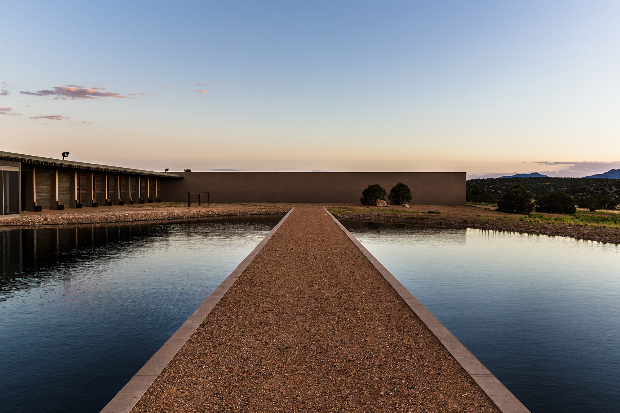 Tom Fords Santa Fe Ranch Is Now Up For Sale foto
