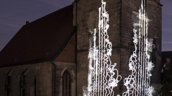 These Gorgeous Interactive Light Art Patterns Grow Like Perfect Plants